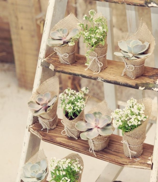 Rustic Vintage Wedding Ideas - The Creative\'s Loft