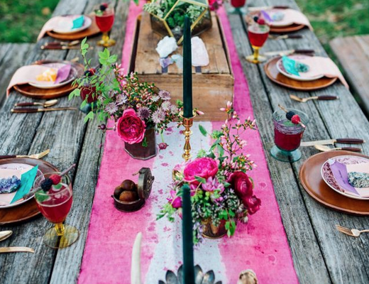 Table Layout with Pink Floral Details