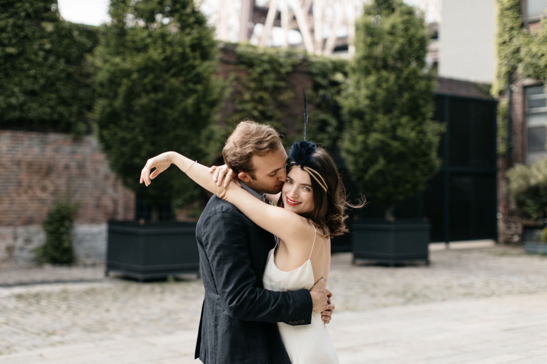 https://thecreativesloft.com/featured-junebug-weddings-blog-brooklyn-elopement-wedding/
