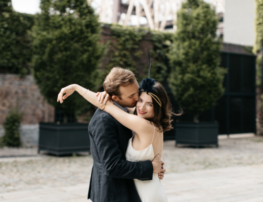 http://thecreativesloft.com/featured-junebug-weddings-blog-brooklyn-elopement-wedding/